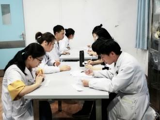 涼山州第一人民醫院住院醫師規范化培訓內科基地組織開展內科規培醫生技能考核